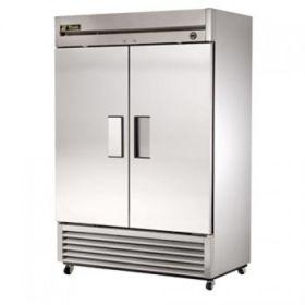 Double door fridge - True T49